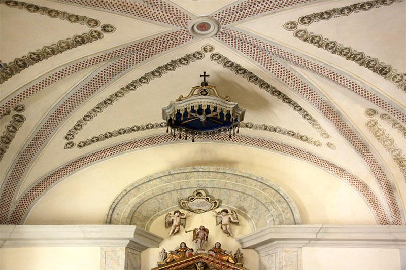 Chiesa antica di Frassenè: particolare dell'abside