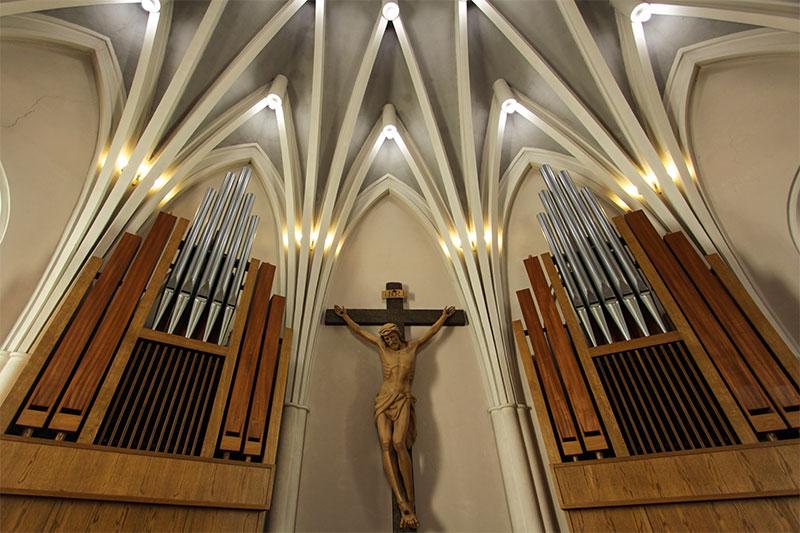 Chiesa nuova di Frassenè: organo