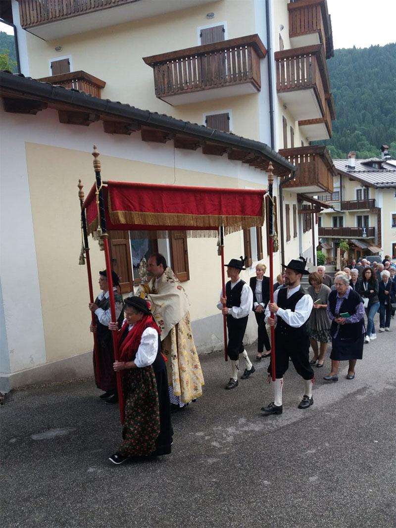 Processione del Corpus Domini a Voltago