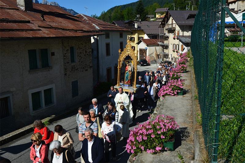 Processione dell'Assunta a Tiser