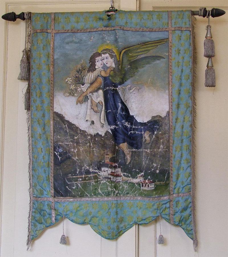 Gonfalone con raffigurazione di Rivamonte